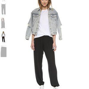 Wildfox Pants - 🆕 Wildfox Basic Sweatpants in Jet Black Logo Hip